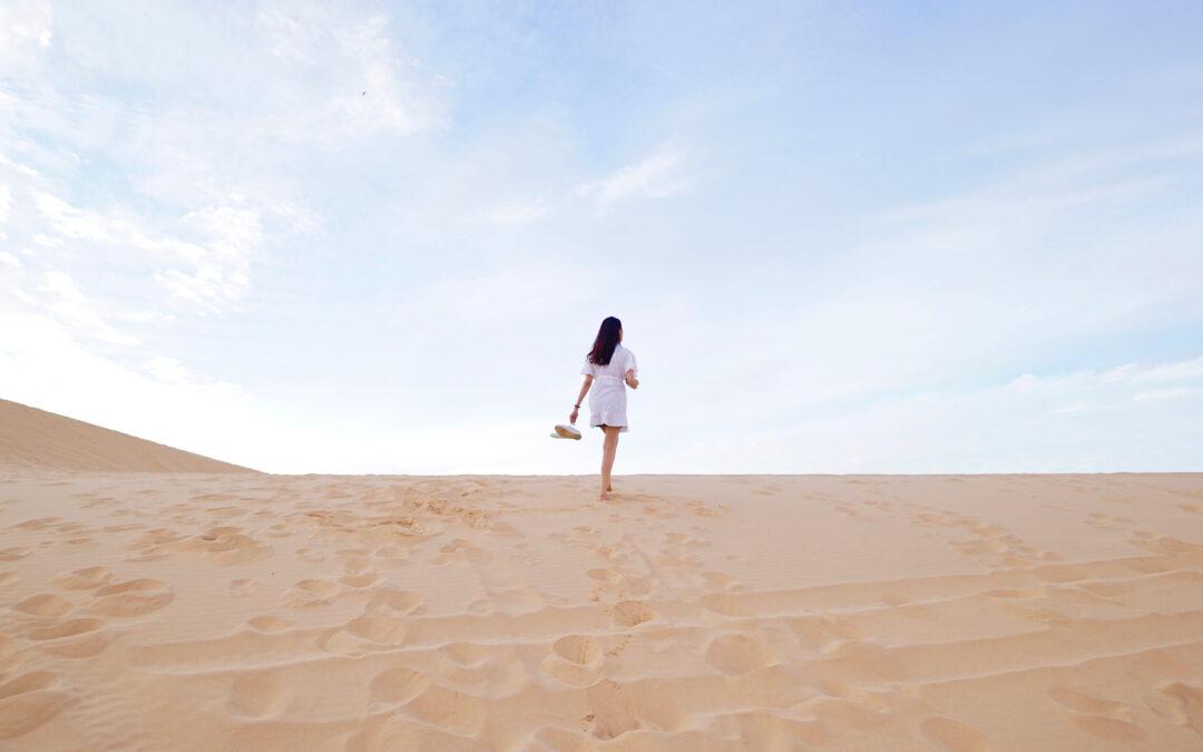 Hvis du føler dig fanget og fastlåst i dit liv – så fortvivl ikke – der er altid en ny vej du kan gå